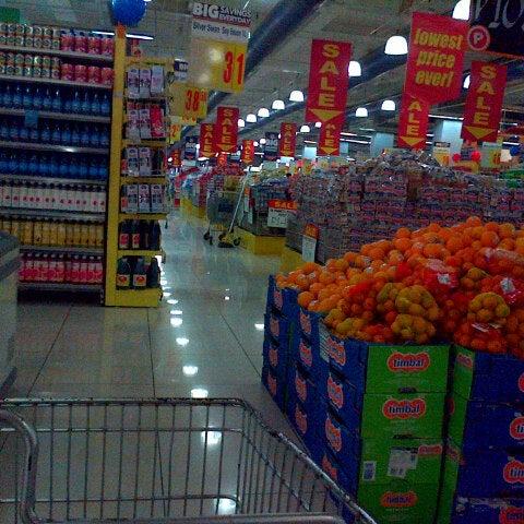 Photo taken at Shopwise by alan on 11/6/2013