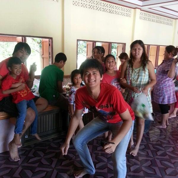 Photo taken at วัดสว่างอารมณ์ by cando s. on 3/9/2013