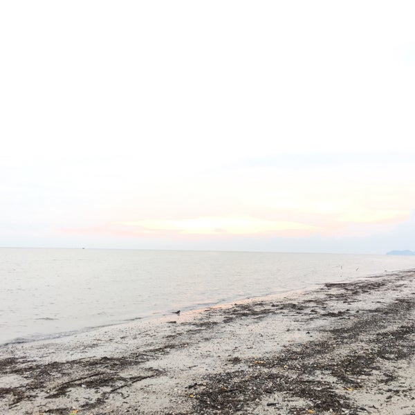 Photo taken at Tanjung Dawai by mohd r. on 8/6/2016