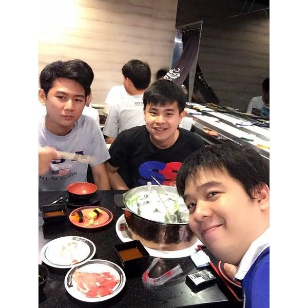 Photo taken at Shabushi (ชาบูชิ) by ?????? ?. on 6/6/2015