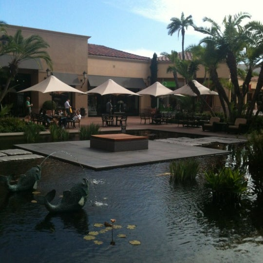Photo taken at Fashion Island by Mohammed A. on 10/9/2012