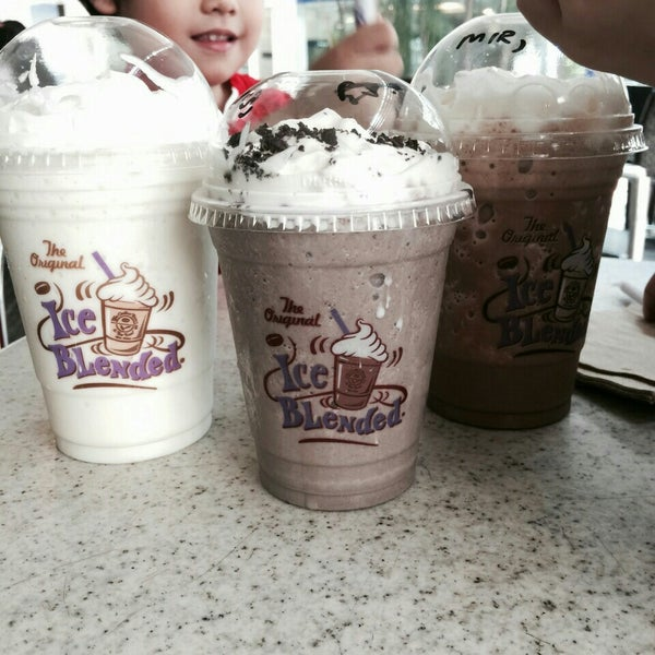 Photo taken at The Coffee Bean by Anis M. on 9/19/2015