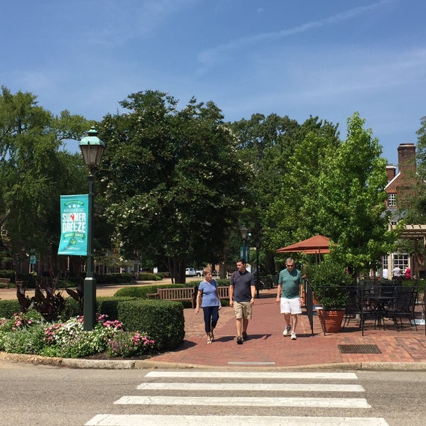 Photo taken at College of William & Mary Bookstore by Peter G. on 7/26/2016