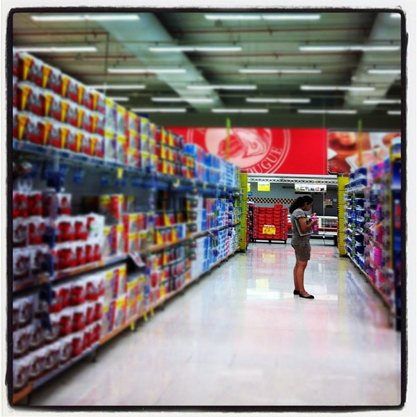 Photo taken at Carrefour by Rogerio M. on 10/28/2012