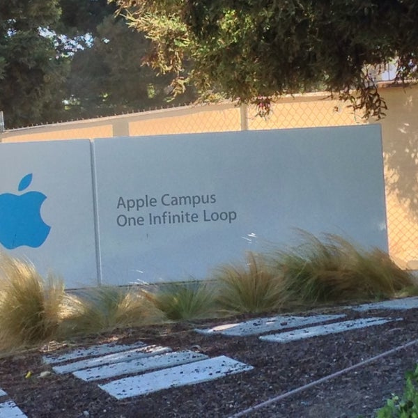 Photo taken at Apple Inc. by Phil S. on 6/30/2014