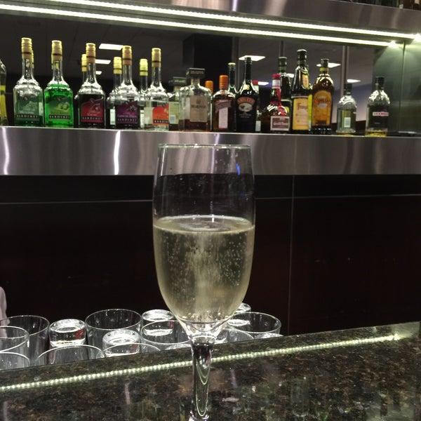 Photo taken at Sumaq VIP Lounge & Business Center by Arturo K. G. on 3/5/2016