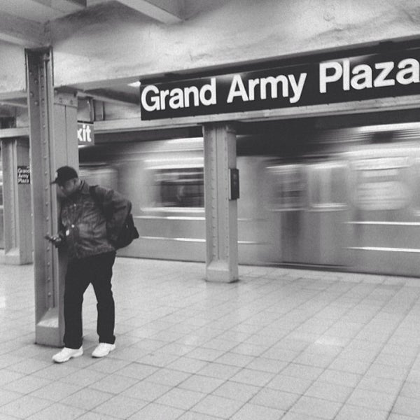 Photo taken at Grand Army Plaza by Alex F. on 5/6/2013