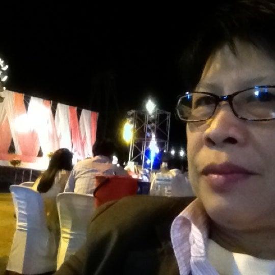 Photo taken at เข่ือนเรียงหิน by Nut B. on 11/24/2012