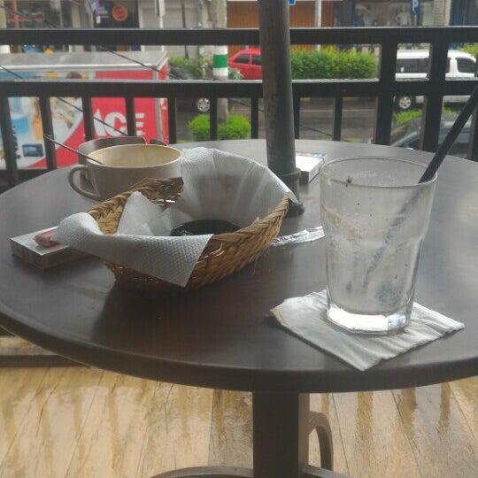 Photo taken at CoffeeBen's & Resto by Delon J. on 2/8/2016