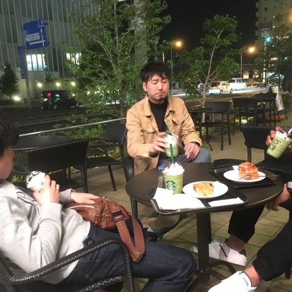 Photo taken at Starbucks Coffee ひたち野うしく店 by りょうすけ さ. on 4/24/2016