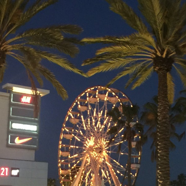 Photo taken at Ferris Wheel At The Pike by mydarling on 5/10/2016