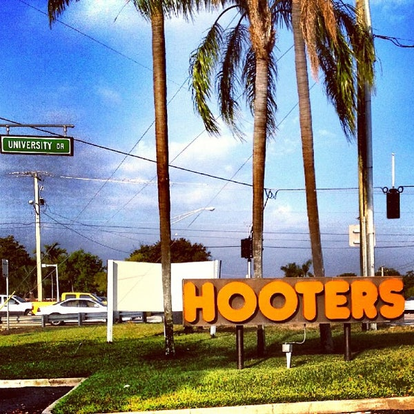 Photo taken at Hooters by Sergio C. on 2/25/2013