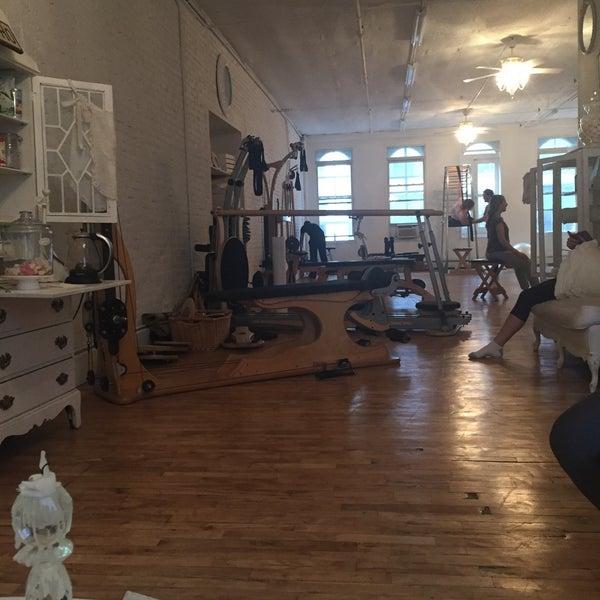 living room soho soho 552 556 broadway