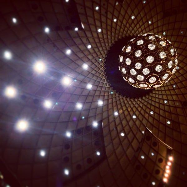 Photo taken at New York City Ballet by christian svanes k. on 5/30/2013