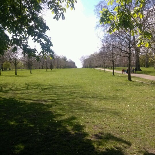 Photo taken at Kensington Gardens by Andy on 4/30/2013