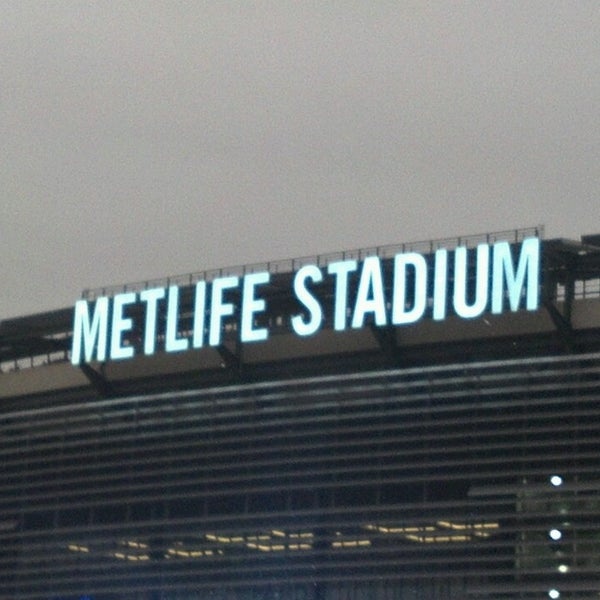 Photo taken at MetLife Stadium by Linda T. on 7/26/2013