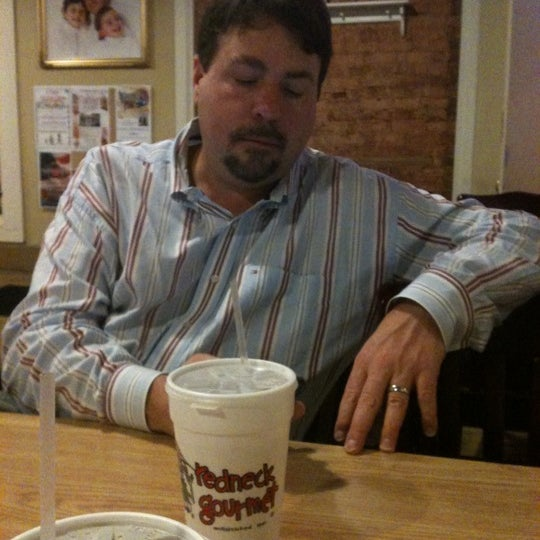 Photo taken at Redneck Gourmet by Cassandra T. on 11/7/2012