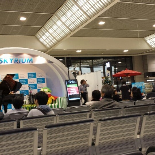 Photo taken at Departure Lobby - Terminal 2 by Saito T. on 12/12/2013
