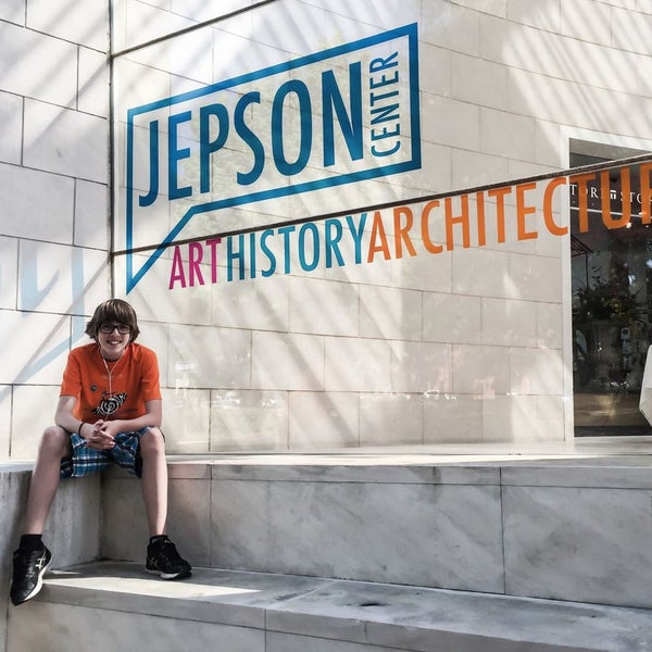 Photo taken at Telfair Museums' Jepson Center by Tim Y. on 4/9/2015
