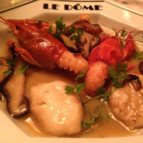 Photo taken at Le Bistrot du Dôme by Jody on 2/25/2013