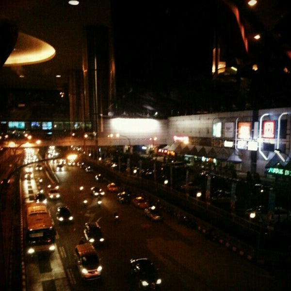 Photo taken at Pondok Indah Mall 2 by Fatwa Jelang H. on 3/8/2013