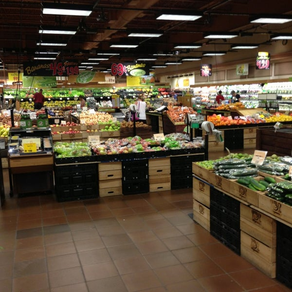 Wegmans grocery store in ithaca for Food bar wegmans