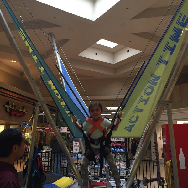 Photo taken at Paradise Valley Mall by MOnica Y. on 12/19/2015