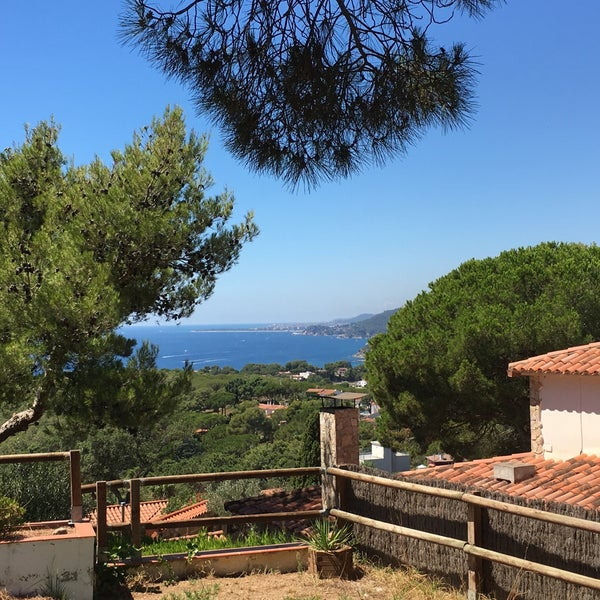Photo taken at Cala Canyelles by Maryana T. on 8/14/2016