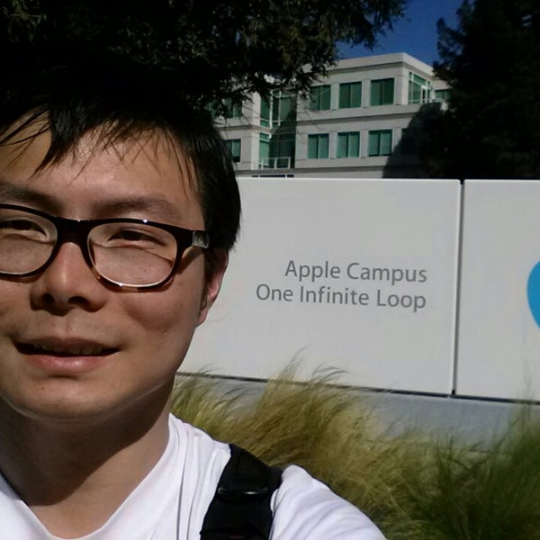 Photo taken at Apple Inc. by Ranger W. on 3/13/2014