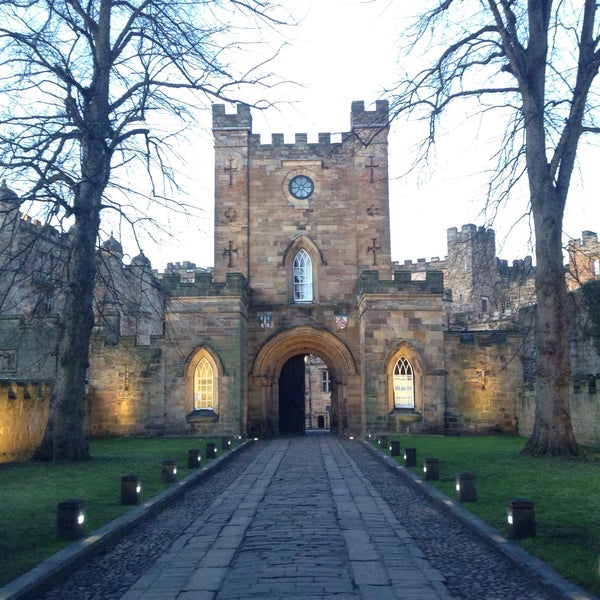 Where's Good? Holiday and vacation recommendations for Durham, United Kingdom. What's good to see, when's good to go and how's best to get there.