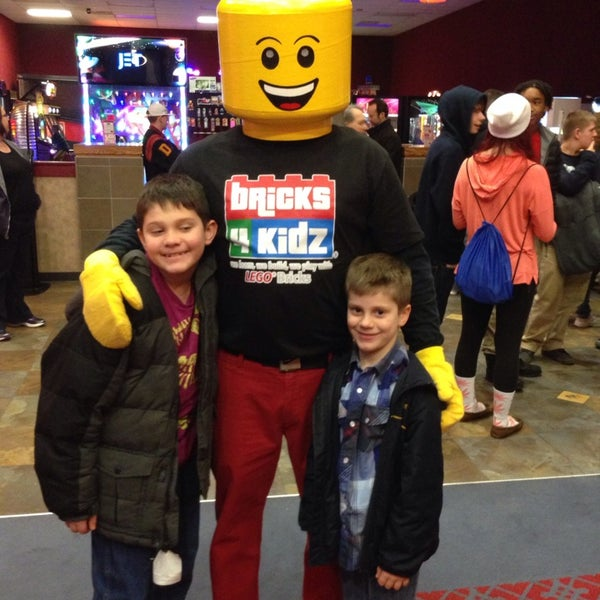 Photo taken at Frank Theatres - Queensgate Stadium 13 by John G. on 2/8/2014