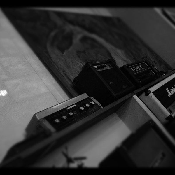 Photo taken at FJ's by ttea k. on 10/18/2012