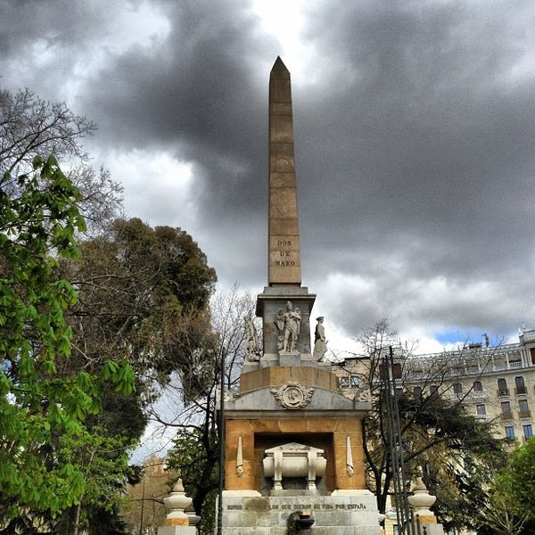 Photo taken at Plaza del Dos de Mayo by Elliot W. on 4/6/2013