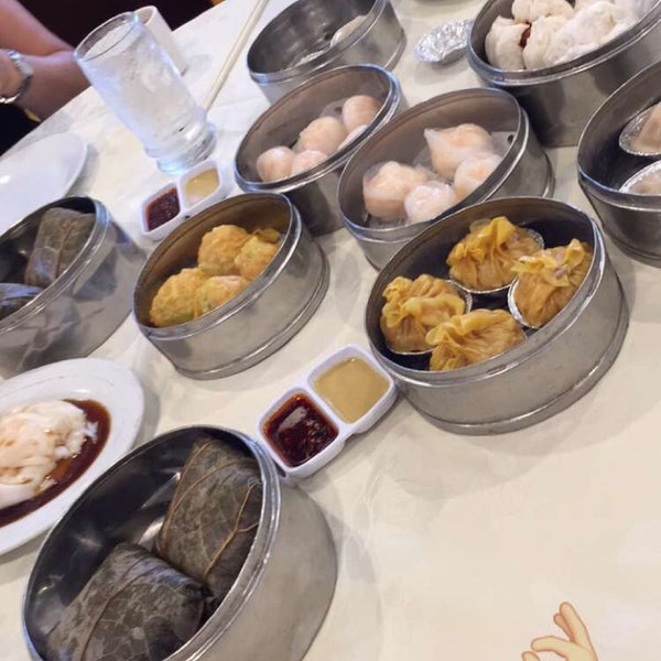 Photo taken at PV Palace Seafood Restaurant by Audrey R. on 7/9/2016