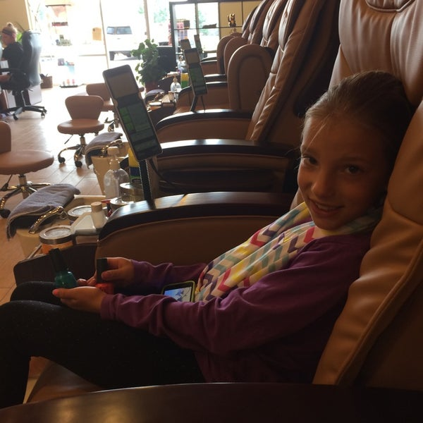 Bella nails spa waconia mn for Bella salon austin