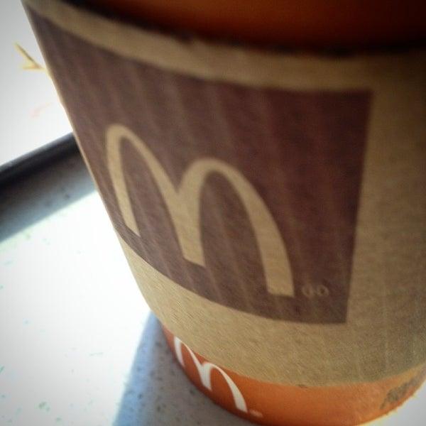 Photo taken at McDonald's by Danilo V. on 7/29/2014