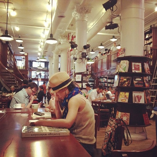 Photo taken at Housing Works Bookstore Cafe by Tina Hui T. on 9/23/2012