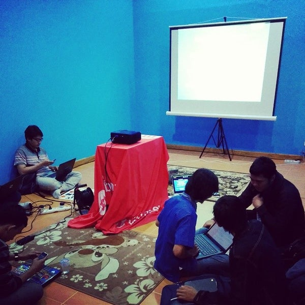 Photo taken at Gedung Cyber 1 (Elektrindo) by Fauzan A. on 6/14/2014