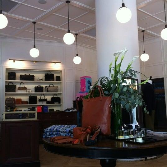 maison kitsun boutique in new york. Black Bedroom Furniture Sets. Home Design Ideas