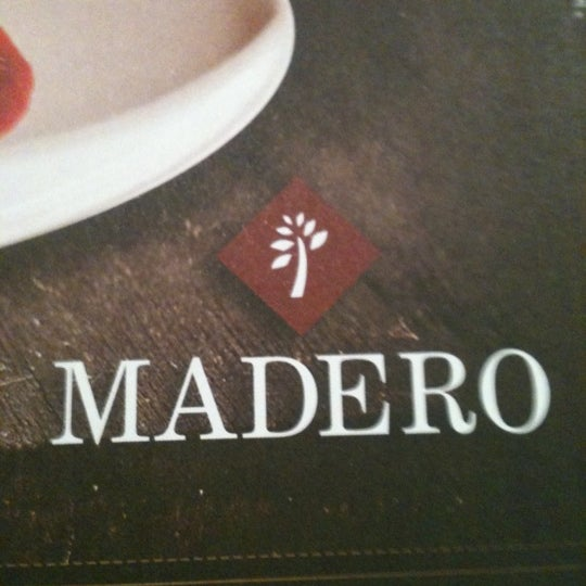 Photo taken at Madero Burger & Grill by Emerson S. on 11/13/2012
