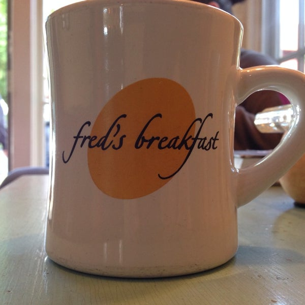 Photo taken at Fred's Breakfast by Sal on 9/12/2014