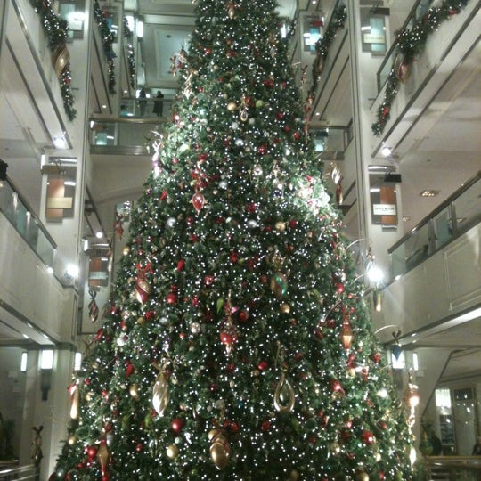 Photo taken at 900 North Michigan Shops by Danny M. on 12/15/2012