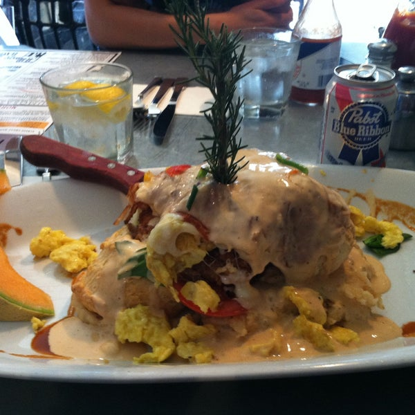 Photo taken at Hash House a Go Go by Alexandria on 4/27/2013