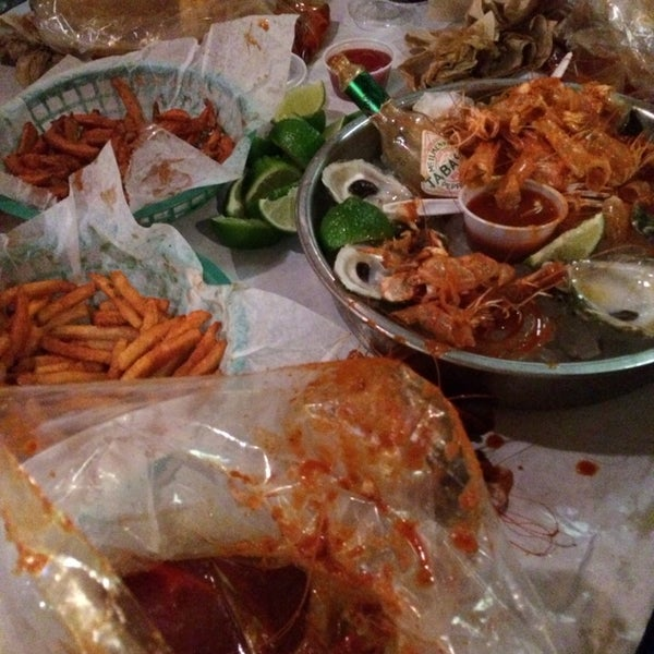 Photo taken at The Boiling Crab by Mazen K. on 1/15/2014