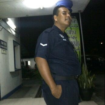 Photo taken at Balai Polis Kg Tawas by Kecik J. on 1/14/2012