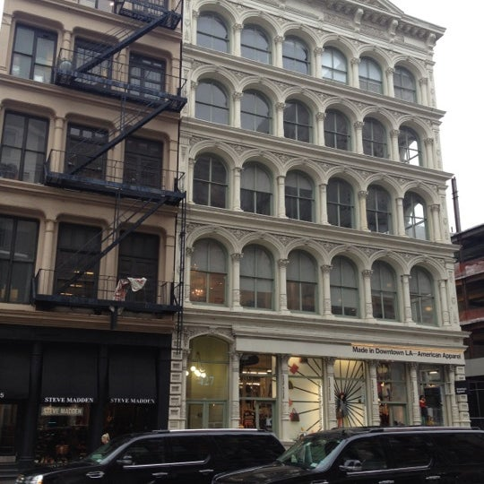 American Apparel Clothing Store In New York