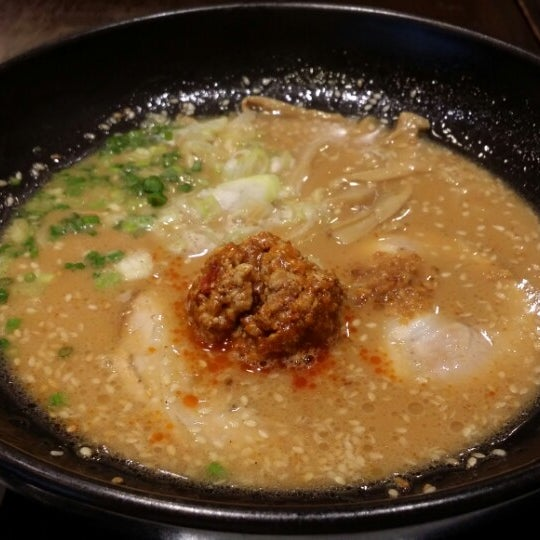 Photo taken at Chabuton Ramen by Ling Y. on 7/24/2014