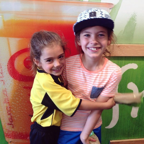 Photo taken at Jamba Juice by Aretoula H. on 10/4/2014
