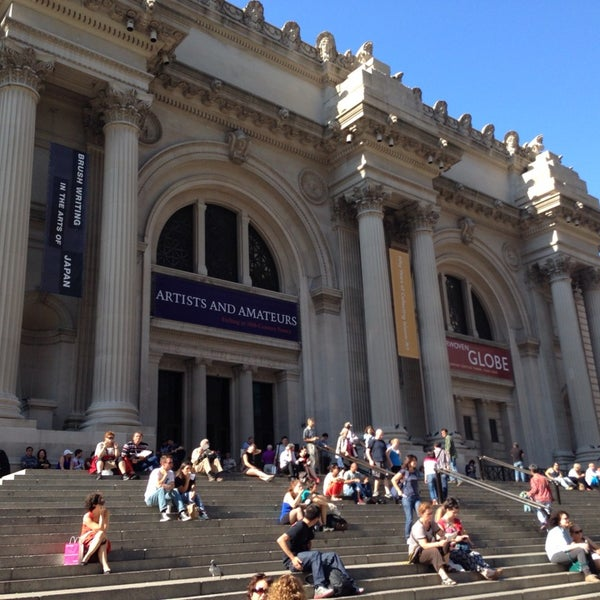 Photo taken at The Metropolitan Museum of Art by Muñeca D. on 10/2/2013
