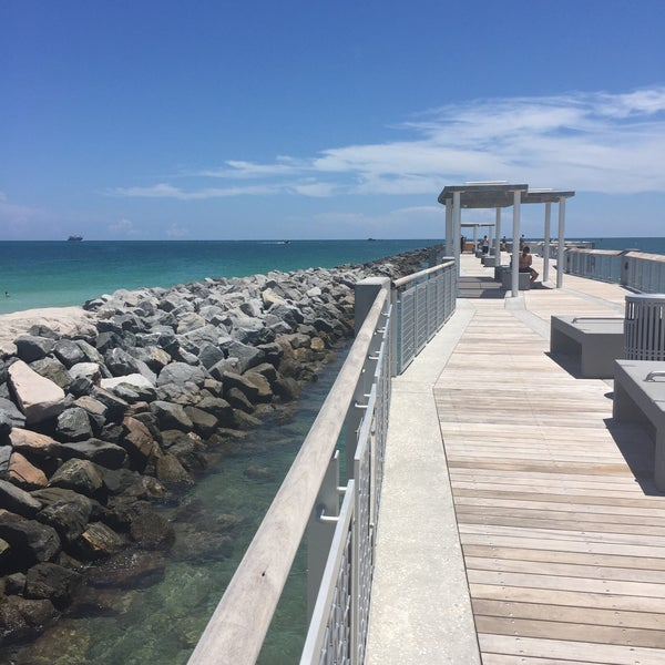 Photo taken at South Pointe Pier by javieRicardo on 8/19/2016